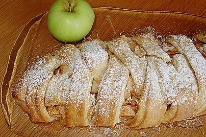 Apfelkuchen aus Hefemürbteig 37
