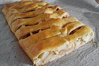 Apfelkuchen aus Hefemürbteig 36