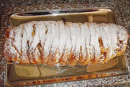 Apfelkuchen aus Hefemürbteig 94