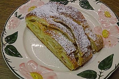Apfelkuchen aus Hefemürbteig 26