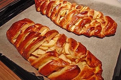 Apfelkuchen aus Hefemürbteig 57