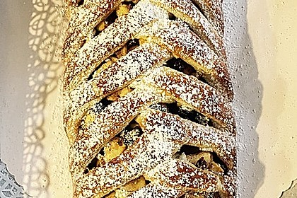 Apfelkuchen aus Hefemürbteig 53