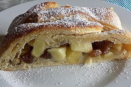 Apfelkuchen aus Hefemürbteig 34