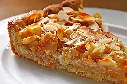 Apfelkuchen mit Amaretto - Sahne - Guss