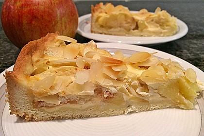 Apfelkuchen mit Amaretto - Sahne - Guss 11