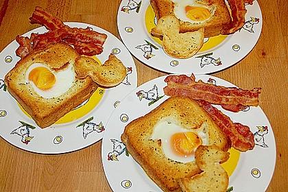 Eier im Toastbrot mit Rosmarin - Butter 3