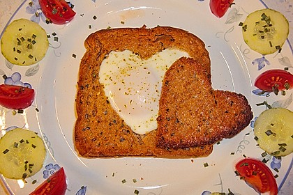 Eier im Toastbrot mit Rosmarin - Butter 19