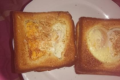 Eier im Toastbrot mit Rosmarin - Butter 48