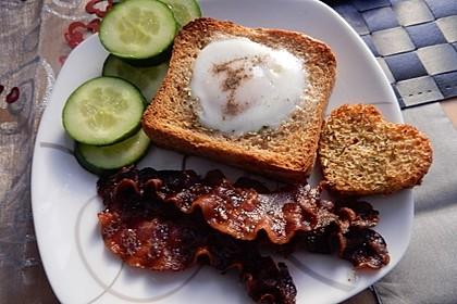 Eier im Toastbrot mit Rosmarin - Butter 42