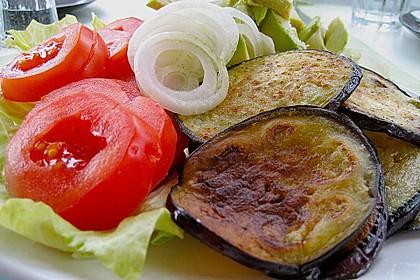 Tomaten-Auberginen-Avocado-Burger 67