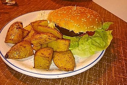 Tomaten-Auberginen-Avocado-Burger 45
