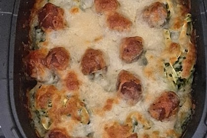 Nudelauflauf mit Rahmspinat und Meatballs 4