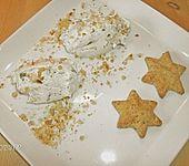 Frischkäsecreme mit Pinienkernen und Basilikum (Bild)