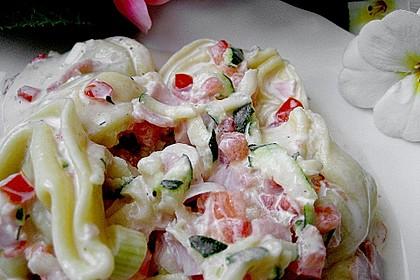 Tortellinisalat mit Zucchini und Schinken 3