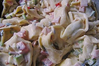 Tortellinisalat mit Zucchini und Schinken 4