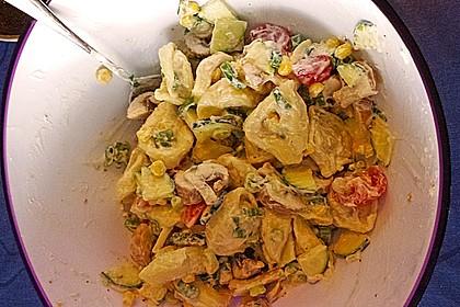 Tortellinisalat mit Zucchini und Schinken 12