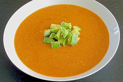 Tomaten - Kokos - Suppe mit Avocado 1
