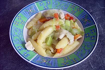 Schupfnudelpfanne mit Gemüse und Hähnchen 1
