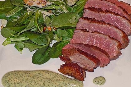 Feldsalat mit lauwarmer Entenbrust 0