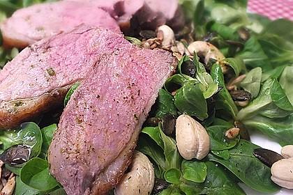 Feldsalat mit lauwarmer Entenbrust 1
