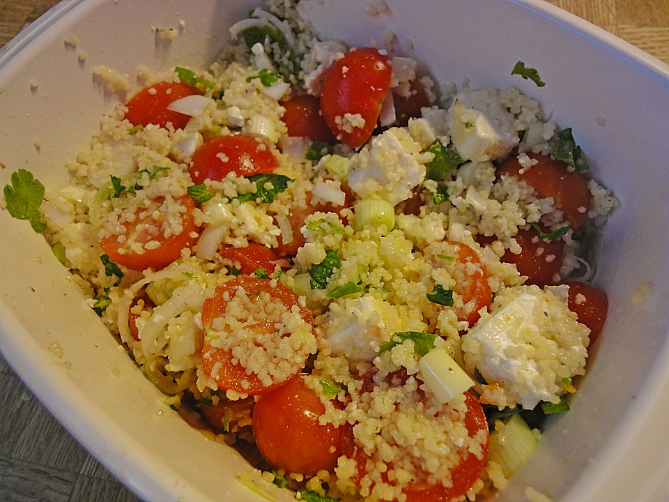 couscous salat mit tomaten und feta rezept mit bild. Black Bedroom Furniture Sets. Home Design Ideas