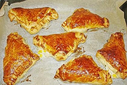 Thunfisch-Oliven-Täschchen 13