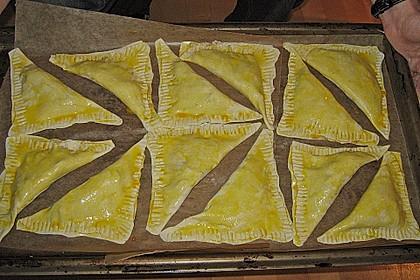 Thunfisch-Oliven-Täschchen 33
