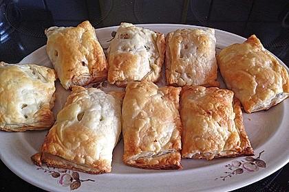 Thunfisch-Oliven-Täschchen 22