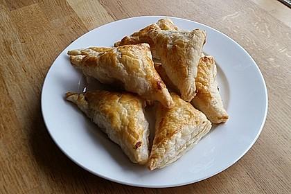 Thunfisch-Oliven-Täschchen 8