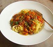 Nudeln mit scharfer Puten - Paprika - Sauce (Bild)