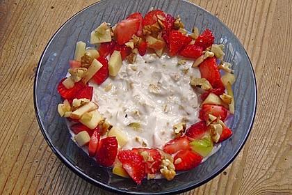 Erdbeer - Apfel - Nuss - Müsli 1