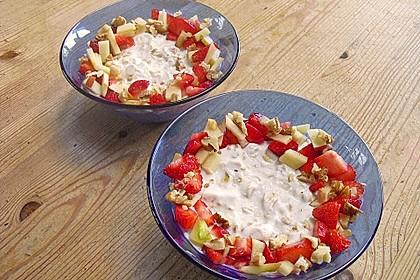 Erdbeer - Apfel - Nuss - Müsli 2