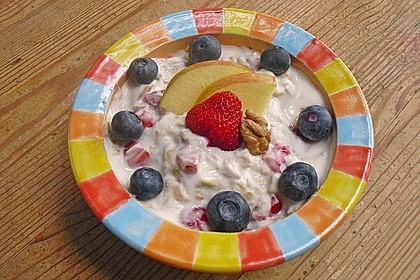Erdbeer - Apfel - Nuss - Müsli 6
