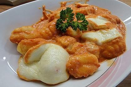 Gnocchi aus dem Ofen in Paprika - Tomaten - Sauce 9