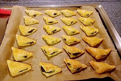 Blätterteig-Dreiecke mit Spinat und Feta 54