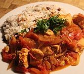 Huhn in Tomaten - Zwiebel - Sauce