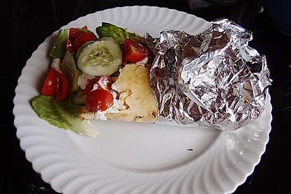 Chicken Wrap mit Gemüse, Guacamole und Crème fraîche 11