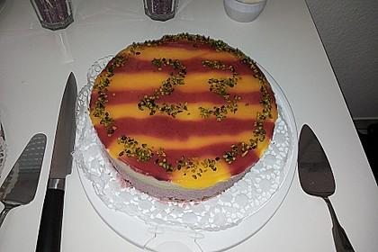 Erdbeer - Mango - Torte 2