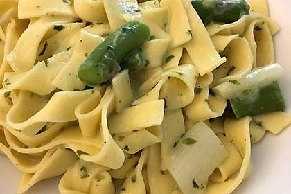 Spargel in Basilikum - Spargel - Sauce 22