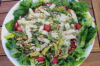 Marinierter Spargel - Erdbeer - Salat 7