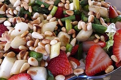 Marinierter Spargel - Erdbeer - Salat 16