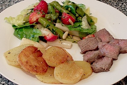 Marinierter Spargel - Erdbeer - Salat 21