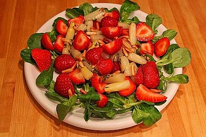 Marinierter Spargel-Erdbeersalat 14