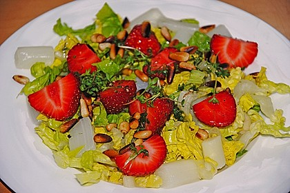 Marinierter Spargel - Erdbeer - Salat 10