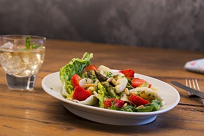 Marinierter Spargel - Erdbeer - Salat 13
