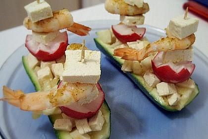 Geschickte Zucchini - Schiffchen mit Tofu gefüllt