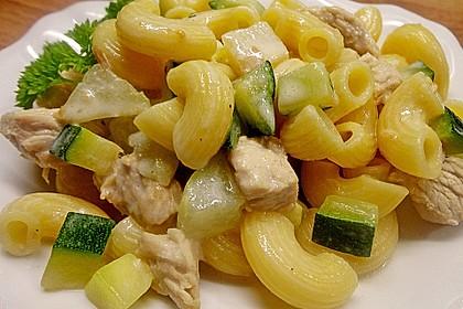 Hähnchen - Kohlrabi - Zucchini Pfanne