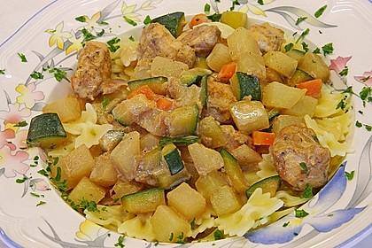 Hähnchen - Kohlrabi - Zucchini Pfanne 12