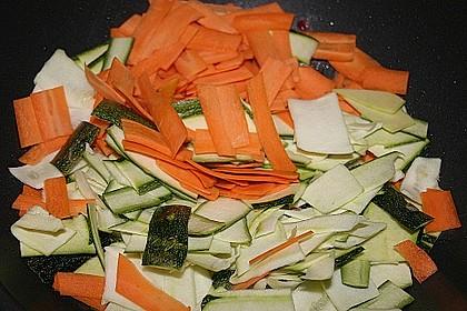 Nudel - Gemüsepfanne mit Geflügelhack 2