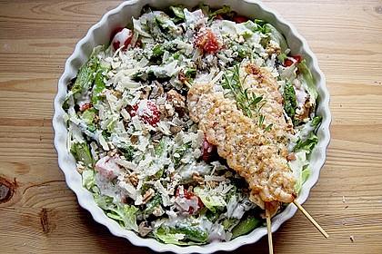 Gemischter grüner Salat mit angebratenem grünen Spargel 11